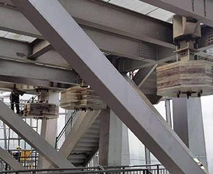 TMD防风阻尼器钢结构